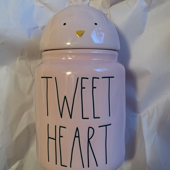 Rae Dunn tweet heart canister with topper